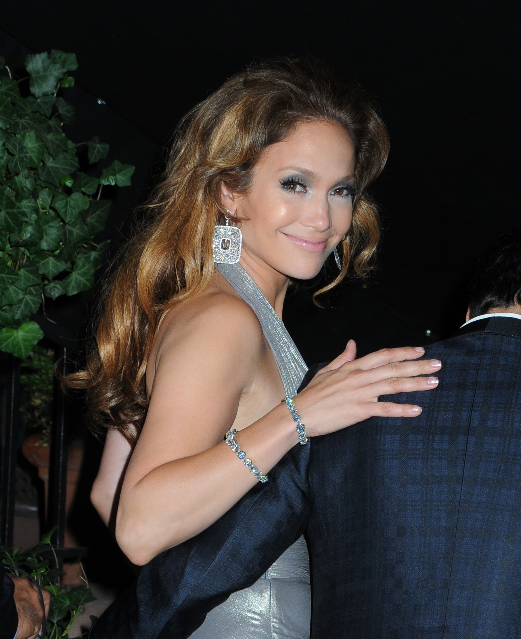 http://jennifer-lopezz.narod.ru/images/news/jennifer-lopez-40-birthday_09_09_2009_5.jpg